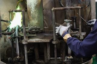 Milano, gravi incidenti sul lavoro per due operai: dito amputato e polpastrelli schiacciati