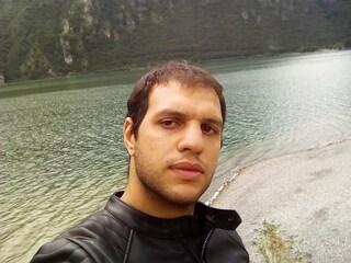 Pavone Mella, Omar morto a 27 anni mentre tornava a casa dal lavoro: si era sposato solo due mesi fa