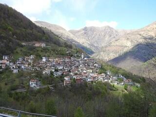 Como: Cavargna è il paese più leghista d'Italia, ma gli abitanti lavorano quasi tutti in Svizzera