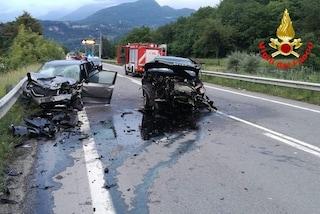 Grave incidente frontale tra due auto a Piubega: 4 donne ferite, interviene l'elisoccorso