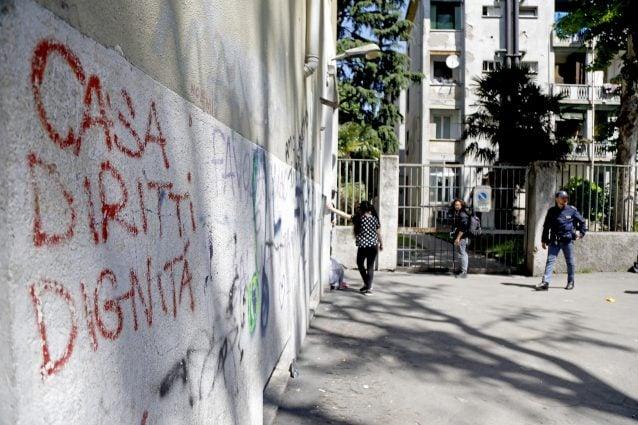 Milano: ucciso in casa un bambino. Fermato il padre