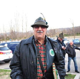 """""""Mio papà ha perso il cappello all'adunata degli Alpini"""": l'appello della figlia diventa virale"""