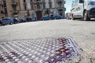Milano, ragazzo aggredito in strada da uno sconosciuto: salvato da un agente penitenziario