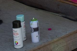 Paura in una scuola media a Carenno: esplode una bomboletta spray, feriti leggermente tre studenti