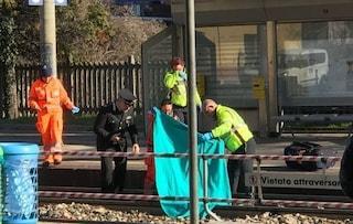 Uomo investito e ucciso da un treno a Locate di Triulzi: il dramma nella notte