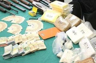 Urago d'Oglio, arrestati due narcotrafficanti: in casa 40 chili di droga e 35mila euro in contanti