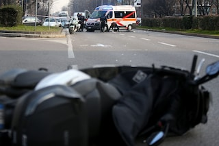 Incidente mortale a Varedo, un motociclista di 69 anni travolto da un'auto contromano