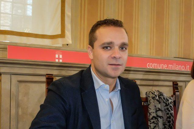elezioni europee : il candidato di forza italia prende quasi 1000 voti ( anche se è in carcere ).