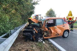 Brescia, incidente tra auto e mezzo pesante a Verolanuova: morto un ragazzo di 21 anni