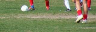 Ranica, morto il 19enne colto da malore mentre giocava a calcio: i suoi organi saranno donati