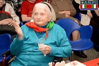 """Milano, morta a 106 anni la partigiana Elena Rasera: nome di battaglia """"Olga"""""""