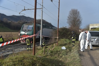Victor, morto a 21 anni mentre tornava a casa: è stato urtato da un treno merci lungo i binari
