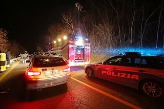 Pozzolengo, tragico incidente nella notte tra due auto: quattro persone ferite