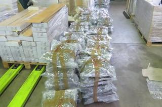 Milano, sequestrati 150 kg di marijuana in un magazzino a Sesto San Giovanni: arrestati due pusher