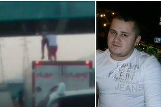 """""""Non sono un eroe"""": Gabriel, il camionista che ha salvato un ragazzo dal suicidio sul cavalcavia"""