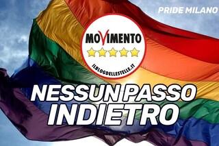 """M5s Lombardia al Milano Pride, insulti sui social: """"Vergognatevi"""". La replica: """"Polemica aberrante"""""""