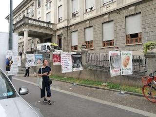 """Milano, manifesti anti aborto alla clinica Mangiagalli. Majorino: """"Questi cartelli fanno schifo"""""""