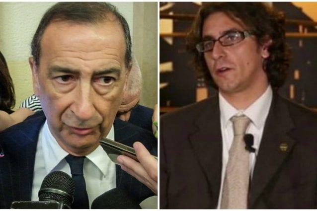 Il sindaco di Milano Beppe Sala (a sinistra) e il capogruppo del M5S Gianluca Corrado (a destra)