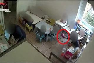 Gavirate, bambini maltrattati all'asilo nido: direttrice condannata a 3 anni e 4 mesi