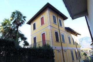 Gemonio, in vendita la villa di Umberto Bossi: un luogo simbolo della Seconda Repubblica
