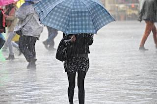 Allerta meteo a Milano: forti temporali e raffiche di vento, monitorati Seveso e Lambro