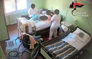 """""""Fai schifo, quando muori?"""": 4 condanne per i maltrattamenti nella casa di riposo di Besana Brianza"""