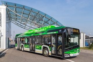 Milano, Atm accelera la svolta green: in arrivo 250 bus elettrici e 80 tram, investiti 365 milioni