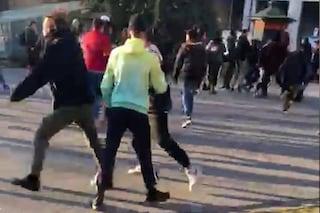 Cremona, maxi risse in strada organizzate sui social: arrestati 7 ragazzini