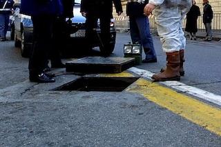 Milano, finge di essere caduto in un tombino per truffare l'Inps: arrestata guardia giurata
