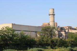 Cremona, incidente sul lavoro alle acciaierie Arvedi: trave cade su una gru, schiacciati due operai
