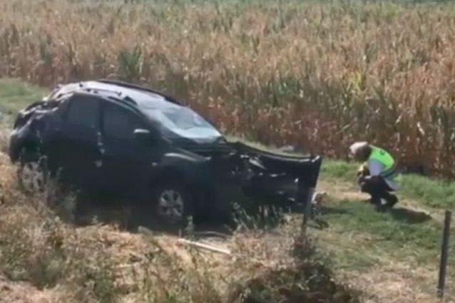 L'auto dopo l'incidente sull'A21