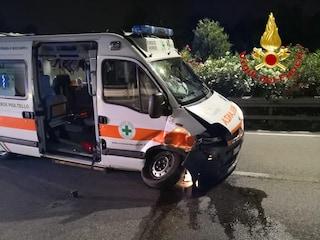 Milano, ambulanza con a bordo donna incinta coinvolta in incidente sulla Cassanese: ferito l'autista