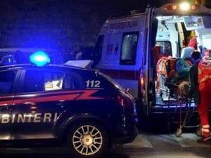 anziana madre muore casa Vanzago figlio suicida colpo fucile