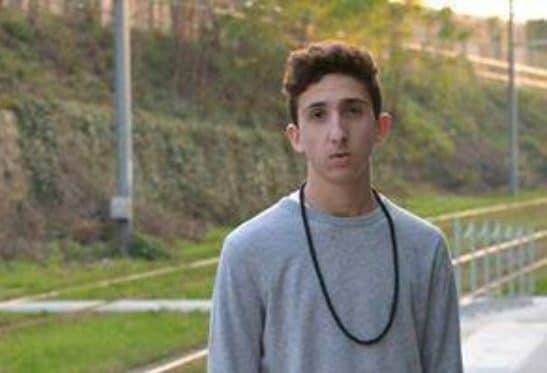 Tampona e uccide due ragazzi di 21 e 18 anni