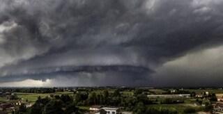Il Bresciano ancora devastato da una 'supercella': vento fortissimo e temporali