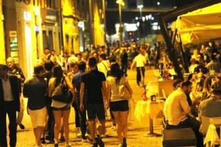 Molesta una ragazza davanti alla discoteca in corso Como: arrestato per violenza sessuale
