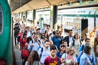 Milano, guasto alla stazione di Porta Garibaldi: 15 treni regionali cancellati e ritardi