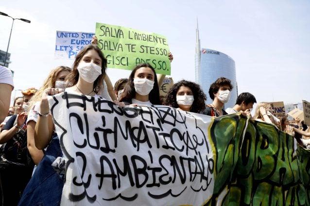 Manifestazione studentesca di Fridays For Future in occasione dello sciopero globale per il clima del 24 maggio