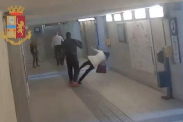 Aggressione in stazione, 24enne picchia senza motivo due donne nel sottopasso VIDEO