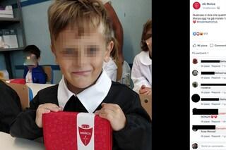 Il Monza calcio di Berlusconi regala astucci ai bambini per il primo giorno di scuola