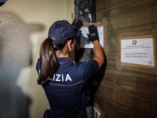 Omicidio a Milano, donna di 59 anni accoltellata in casa: arrestato il marito per omicidio