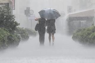 Allerta meteo gialla in Lombardia: rischio bombe d'acqua e temporali, monitorati Seveso e Lambro