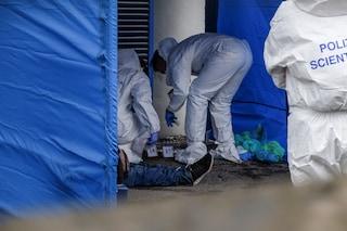 """Clochard morto a Linate, l'autopsia: """"Segni compatibili con una caduta"""". La sorella: """"Aveva paura"""""""