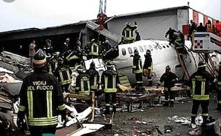 Milano ricorda la strage di Linate: l'8 ottobre 2001 l'incidente aereo che causò 118 morti