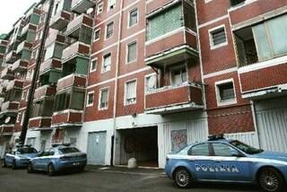 Milano, racket e pestaggi nelle case popolari della Barona: indagati cinque antagonisti