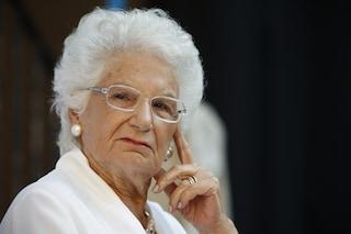 Insulti e minacce social a Liliana Segre: la procura di Milano apre un'inchiesta