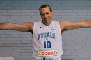 Brescia, 40 defibrillatori donati alla città in ricordo del campione di basket Marco Solfrini
