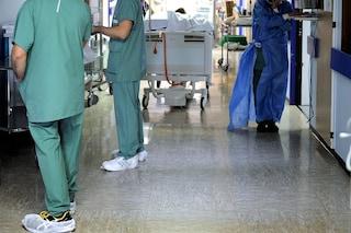 Cremona, detenuto scappa durante visita medica in ospedale: catturato in un bosco vicino