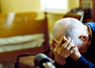 Manerbio, picchiato e maltrattato per trent'anni da moglie e figlia: 83enne salvato dai carabinieri