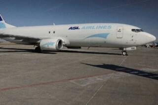 Boeing cargo si scontra con uno stormo di uccelli: atterraggio d'emergenza a Malpensa